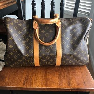 Authentic LV Keepal 45